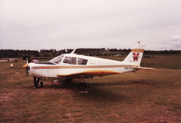 Piper PA-28 Warrior (VH-ETI)