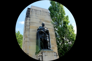 King George V statue Old Parliament House - Canberra.