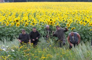 Coalminers from Ukraine searching for body's.